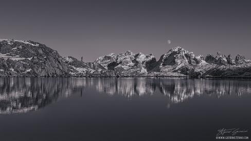 Selfie Nero Lake Guerrini Stefano